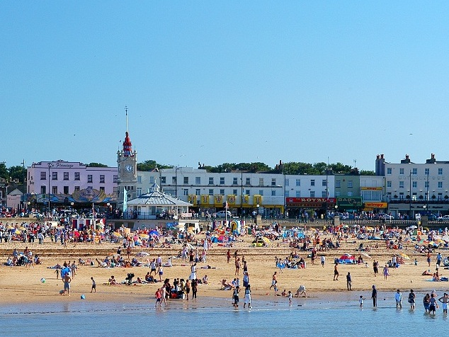 Margate-Beach-From-Sea