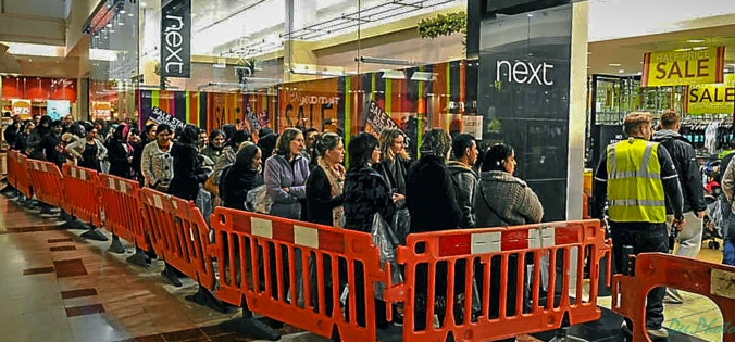 boxing-day-queues2
