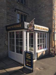 Rolly Fudge Pantry a